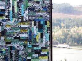 Pine Needler Raffle Quilt 2014