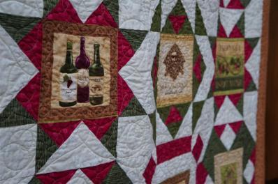 #9:Wine Quilt